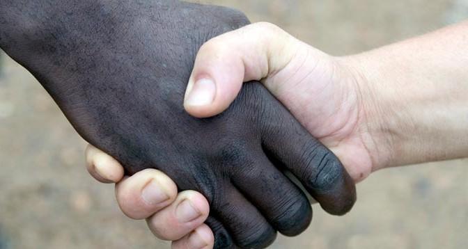 Racismo y políticas racistas - Acracia