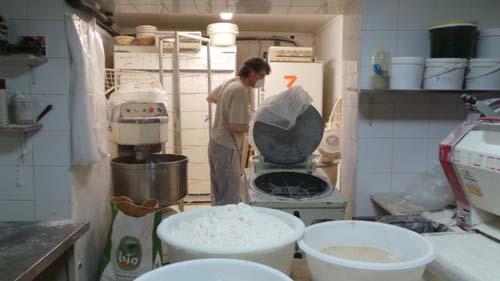 Panaderia-Autogestionaria-La-Conquista-del-Pan-Trabajo-Anarquismo-Acracia