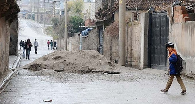 La-vida-tras-las-trincheras-Kurdistan-Norte-Autonomia-Anarquismo-Acracia