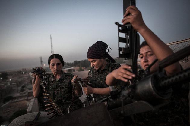 Combatientes-kurdas