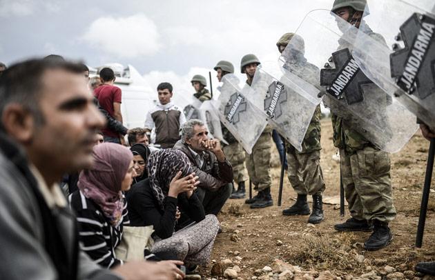Policia-Turca-Sirios-Kurdos-Estado-Islamico