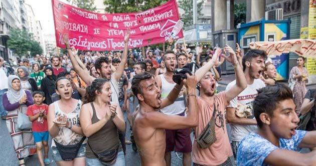 Manifestación en el barrio de Exarquia (Atenas)